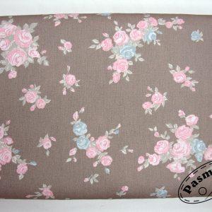 Pastelowe róże na beżu- tkanina bawełniana