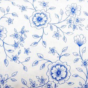 Szafirowy kwiat na bieli - tkanina bawełniana