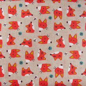 Liski na beżu - tkanina bawełniana