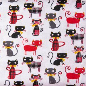 Kolorowe kotki na bieli - tkanina bawełniana