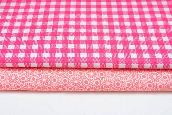 Różowe tkaniny