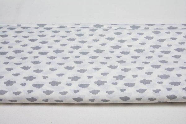 Szare chmurki na bieli - tkanina bawełniana