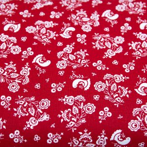 Gołąbki i bukieciki na czerwonym - tkanina bawełniana