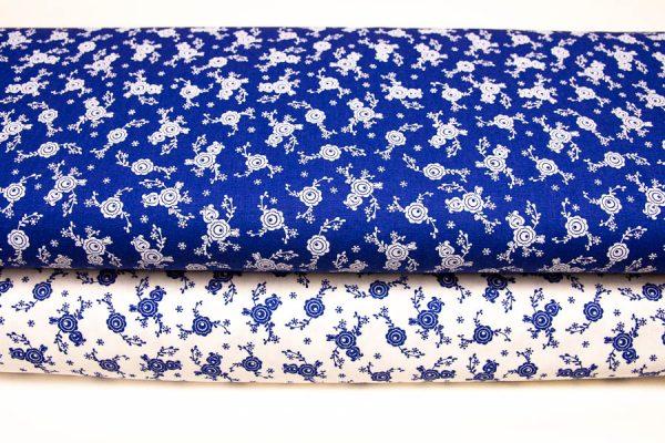 Tkaniny ciemnoniebieskie na bieli