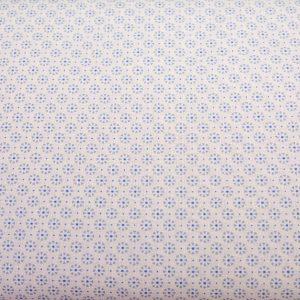 Drobne jasnobłękitne kwiatuszki na bieli - tkanina bawełniana