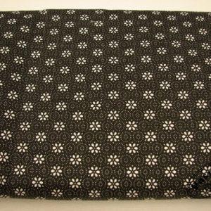 Kwiatuszki na czarnym – tkanina bawełniana